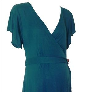 Dynabelly Dresses - Maternity Wrap Crossover Dress - Great for Nursing